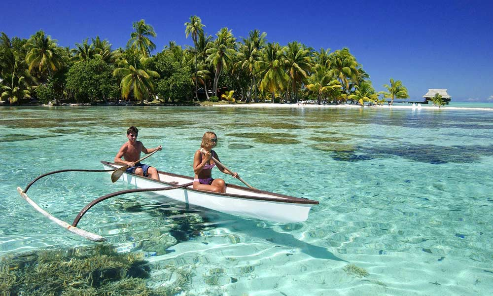 Vahine Island Private Resort, Couple Canoe