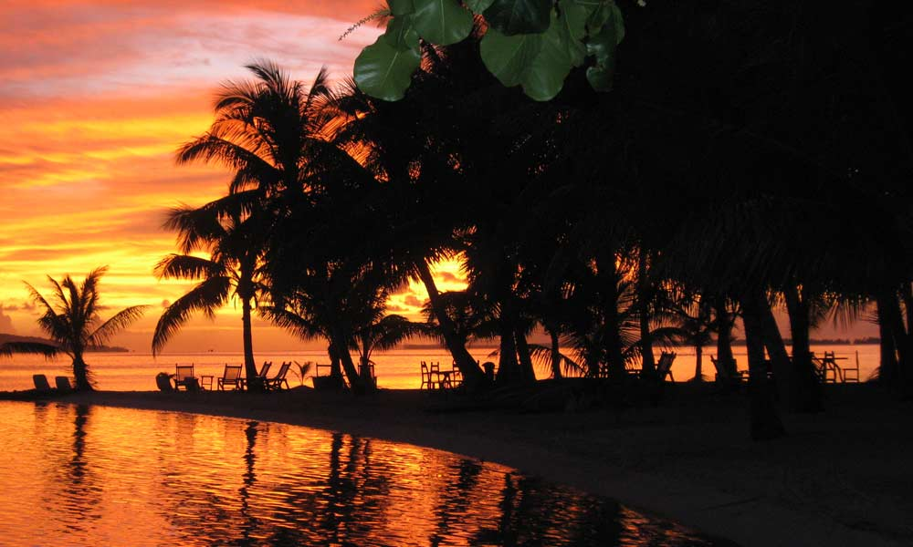 Vahine Island Private Resort, Sunset