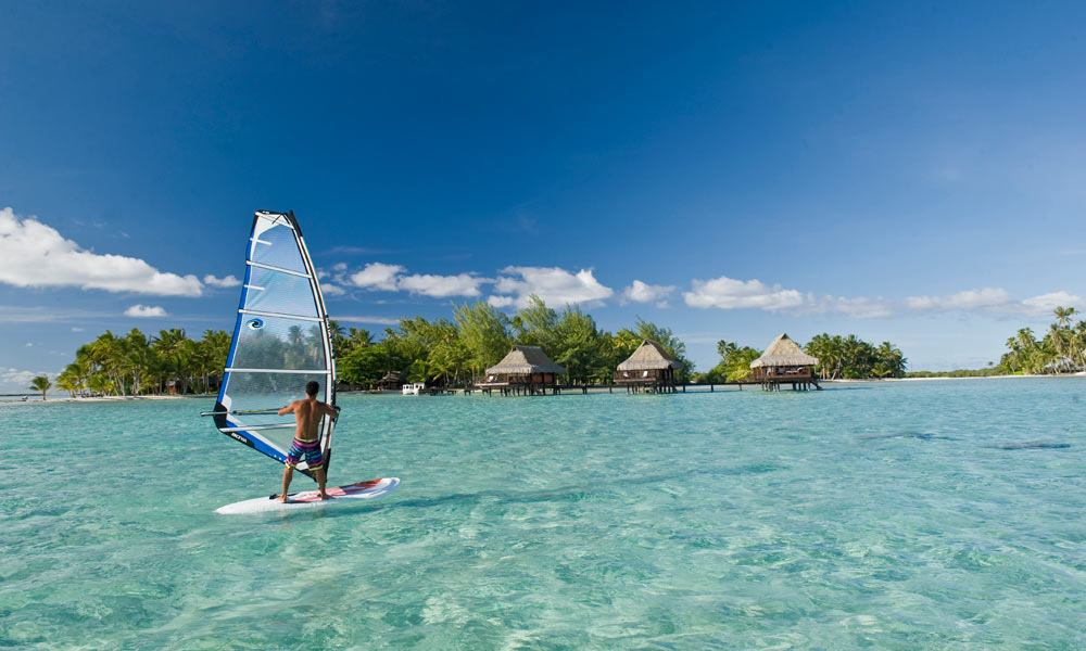 Vahine Island Private Resort, Windsurfing