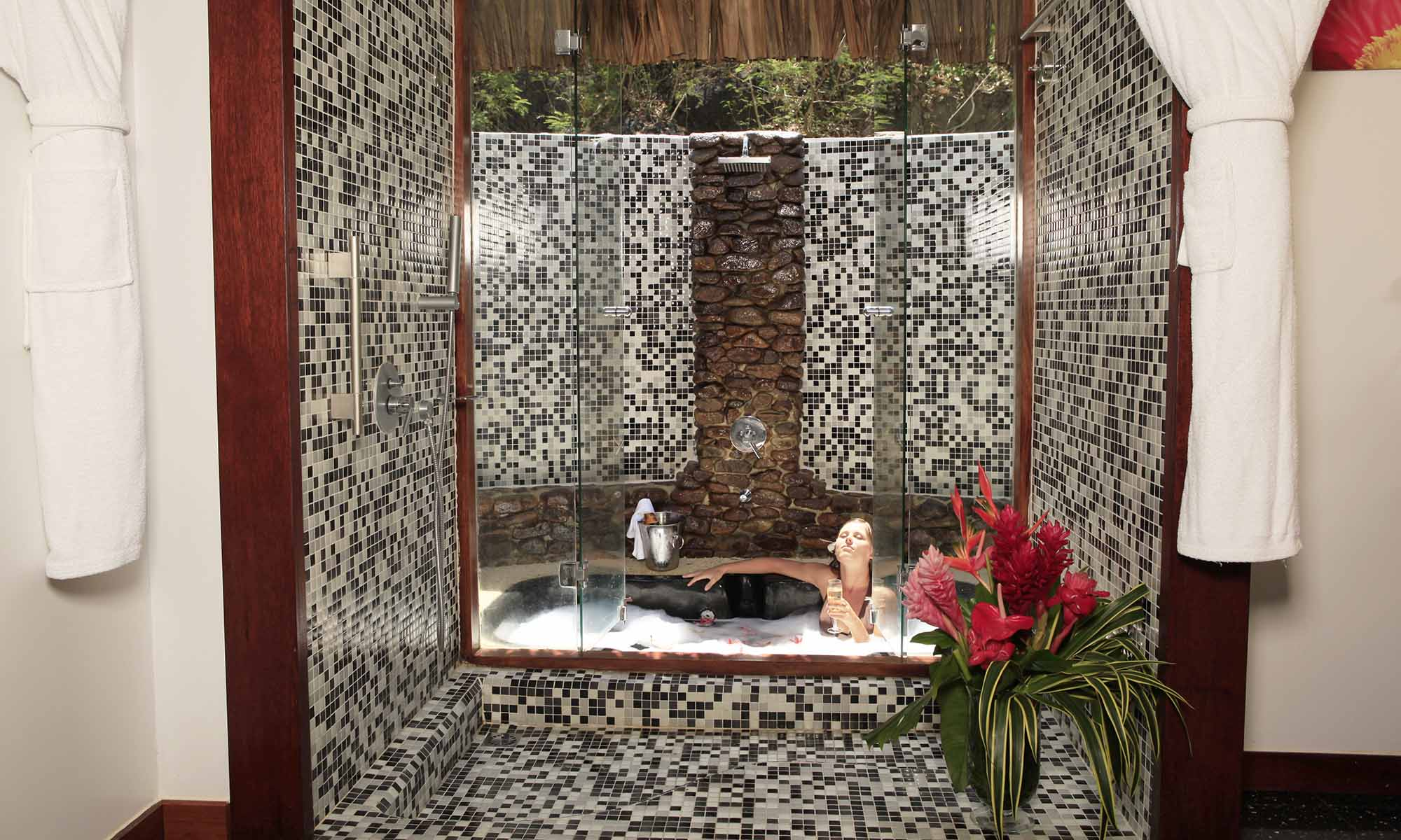 Sofitel Moorea Ia Ora Beach Resort, Two-Bedroom Beach Villa Bathroom