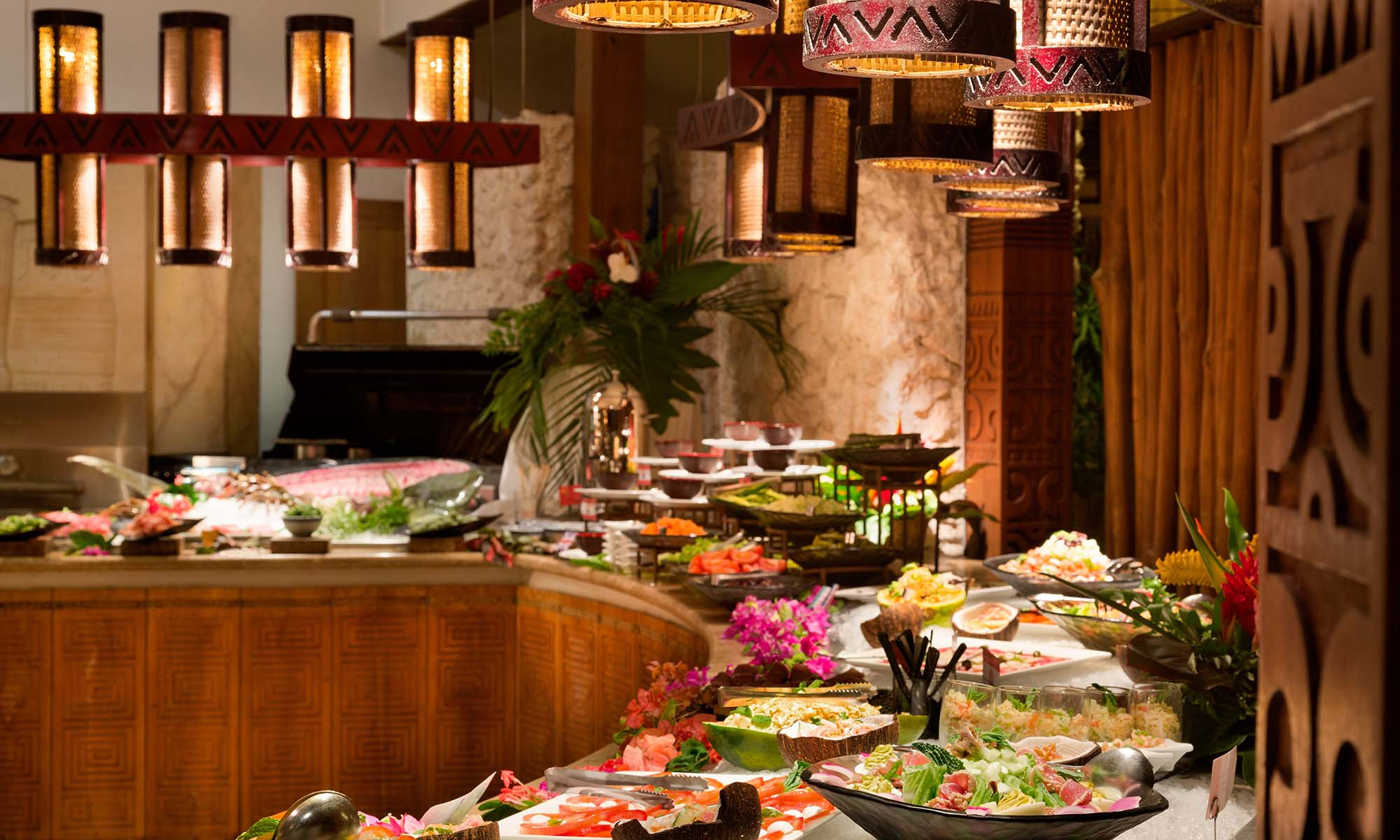St Regis Bora Bora Resort, Dinner Buffet at Te Pahu Restaurant