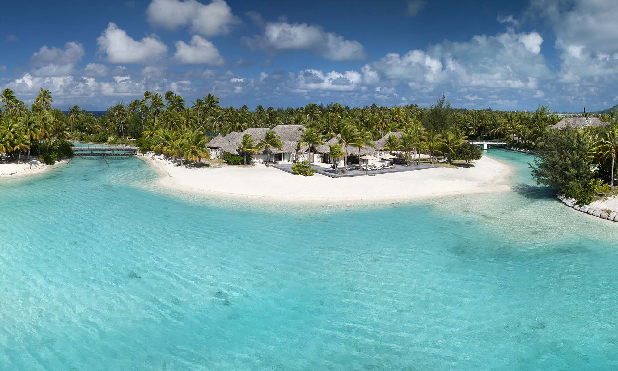 St Regis Bora Bora Resort, 3-Bedroom Royal Estate Villa