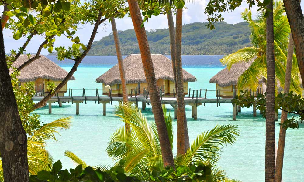 Le Taha`a Island Resort and Spa, Overwater Suite