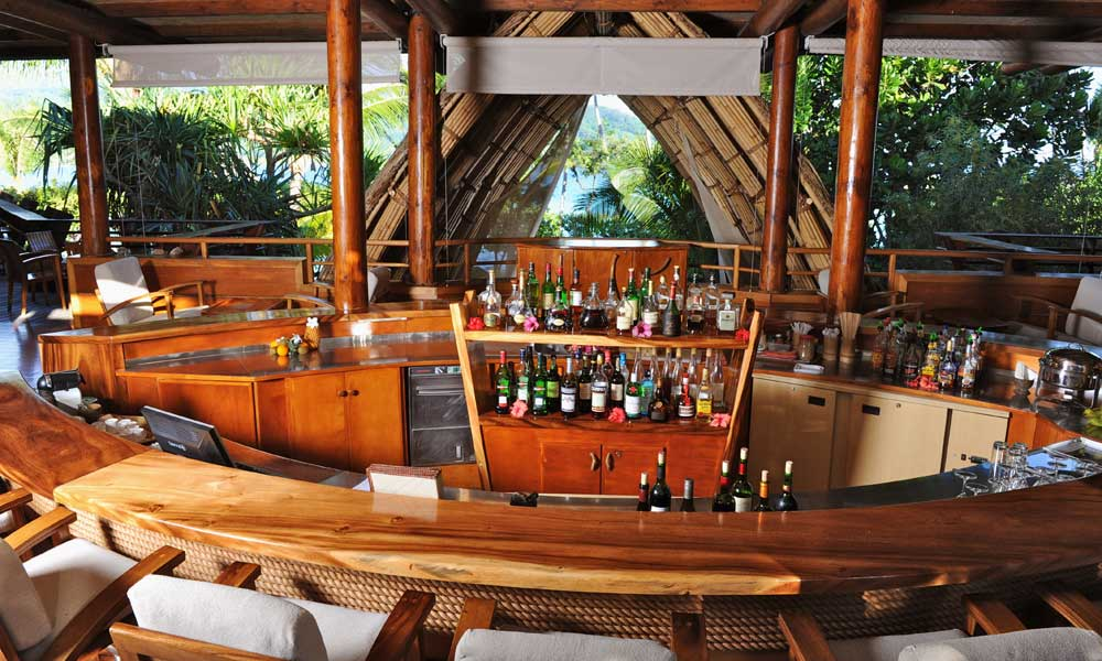 Le Taha`a Island Resort and Spa, Tehutu Bar