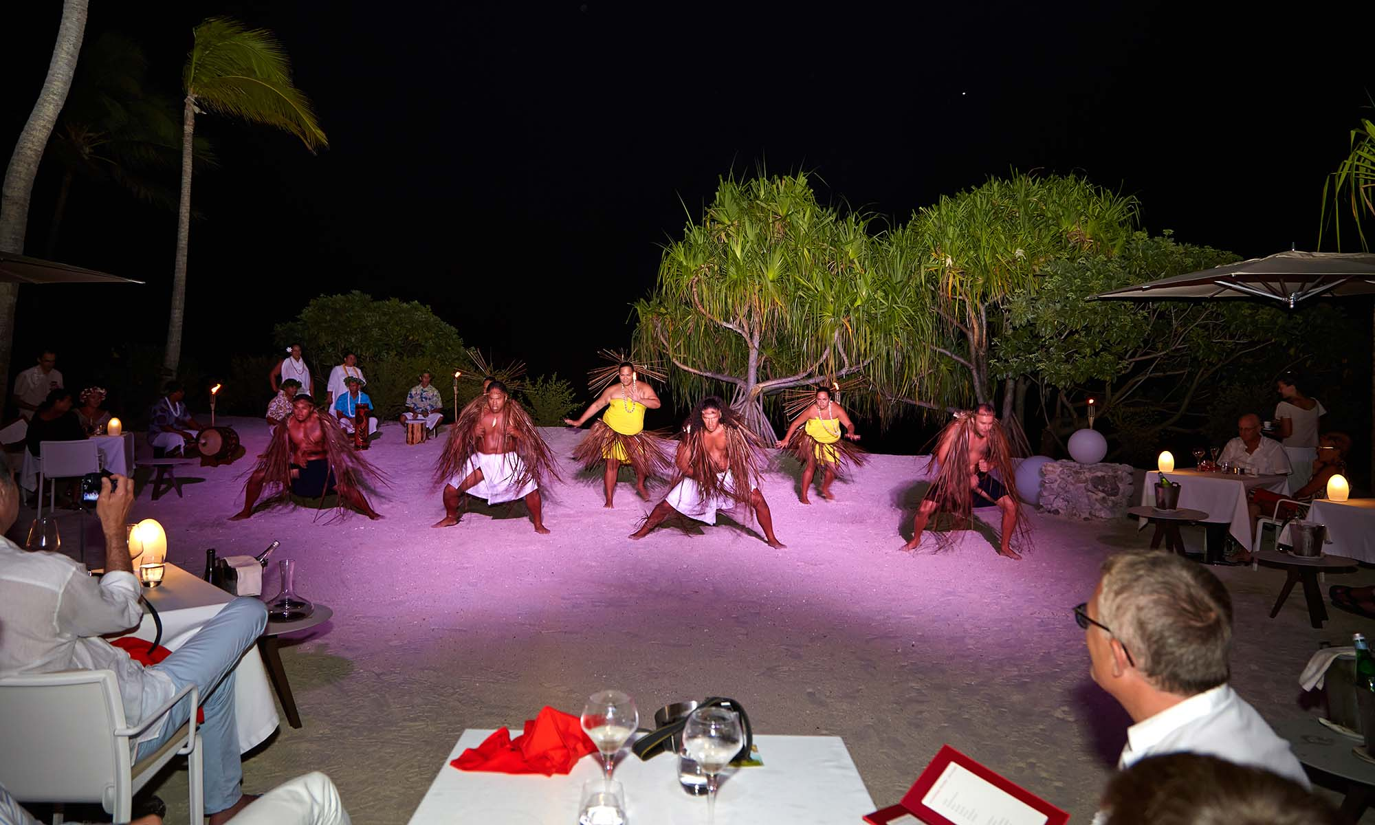 The Brando, Tahitian Dance Show