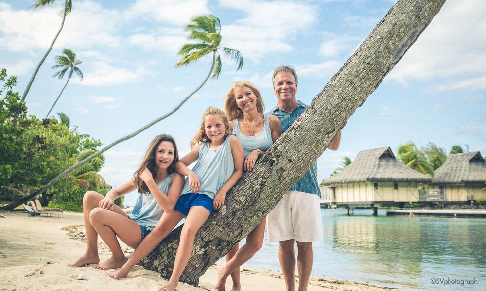 Moorea Family Moment Photo Shoot, featuring SVphotograph