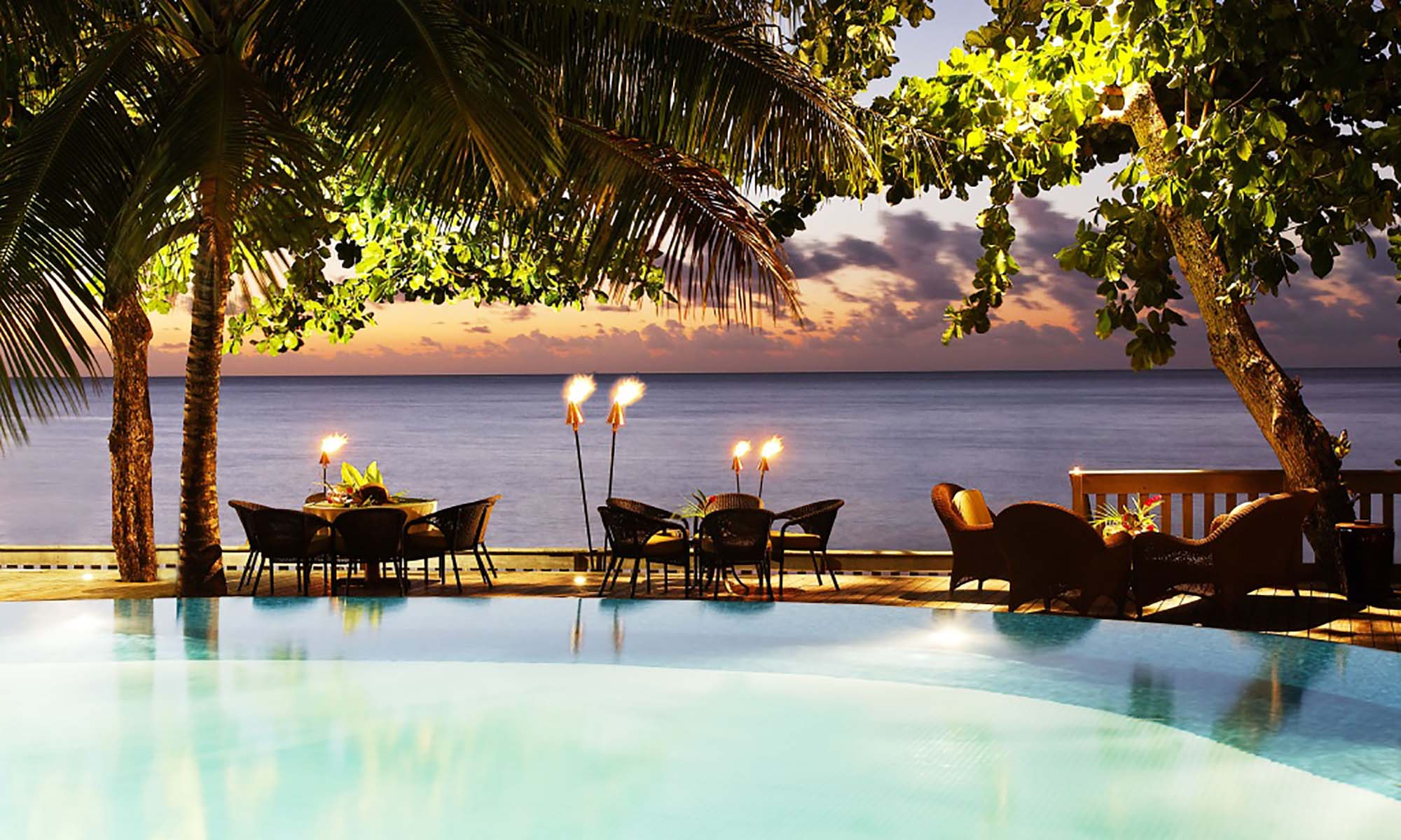 Tahiti Pearl Beach Resort, Pool Deck