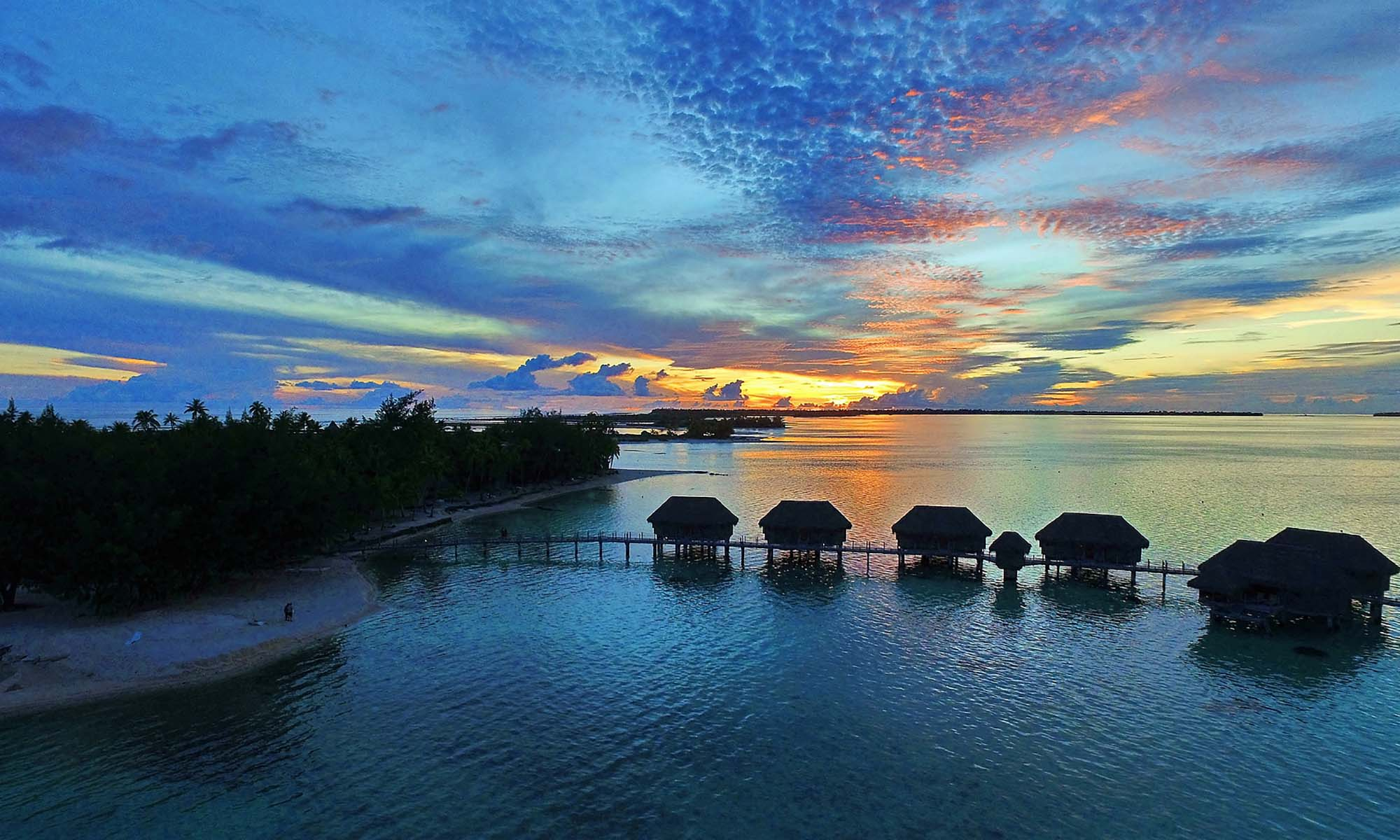 Tikehau Pearl Beach Resort, Overwater Bungalows