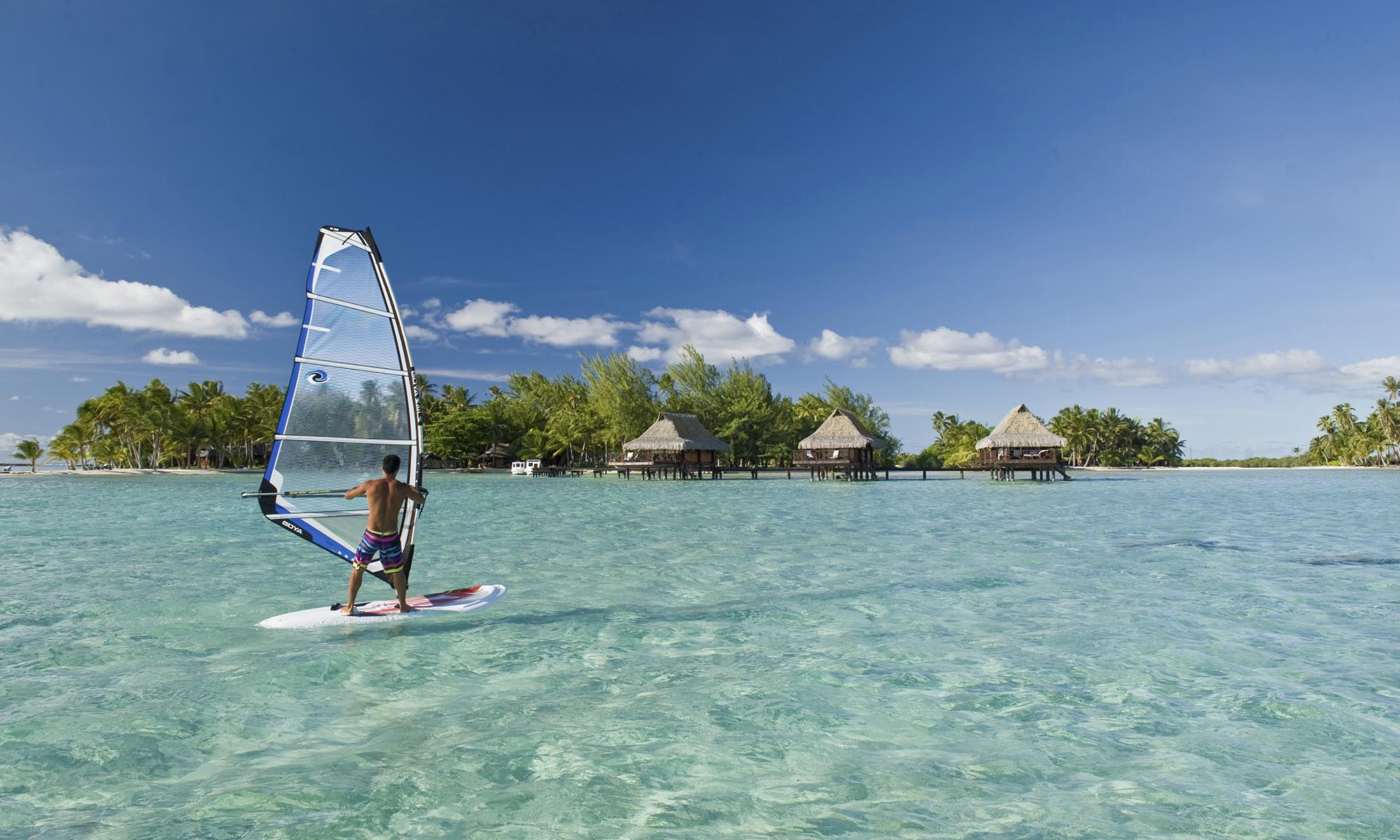 Vahine Island Resort, Wind Surfing