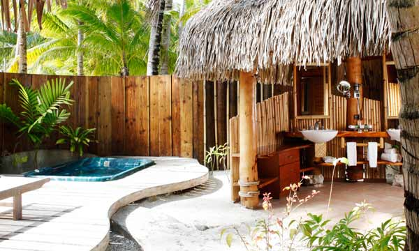 Otemanu View Beach Suite with Jacuzzi