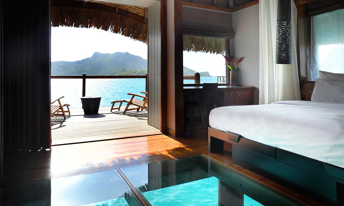 Overwater Lagoon View Bungalow