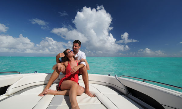 The Loveboat, Private Lagoon Lovers Photo Tour