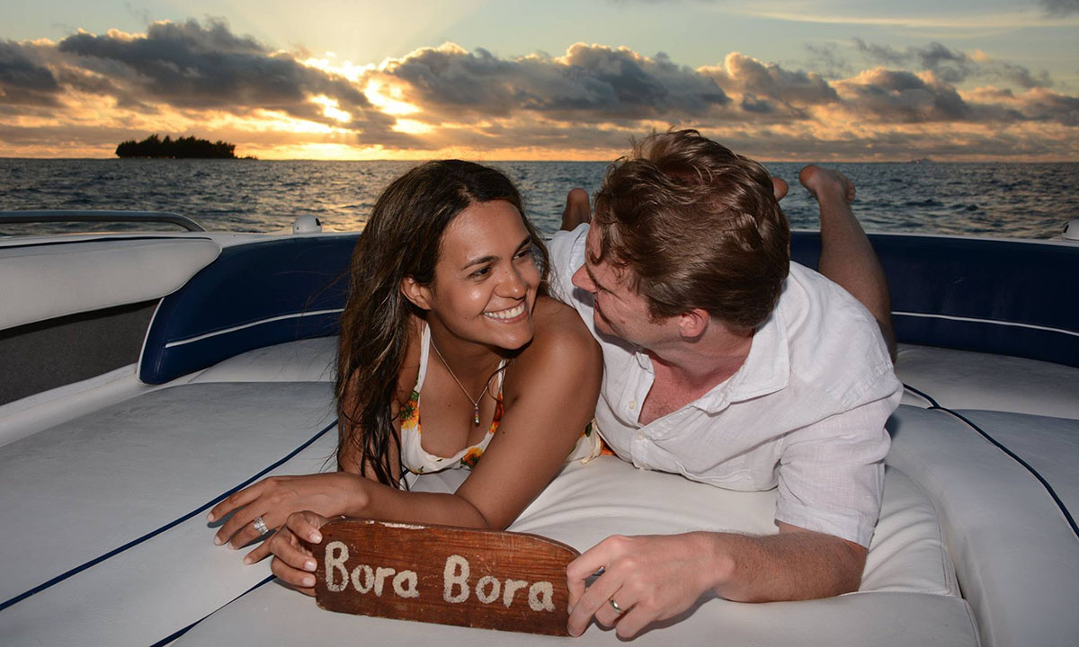 The Loveboat, Private Sunset Lovers Cruise