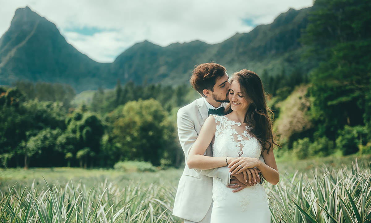 Lover's Photo Shoot on Moorea