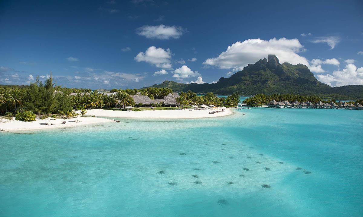 السياحة 2020 St-Regis-Bora-Bora-Beach-1200x720.jpg